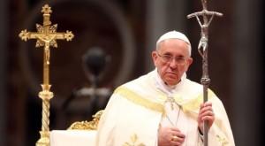 pope-francis-cross-staff-e1443297505150